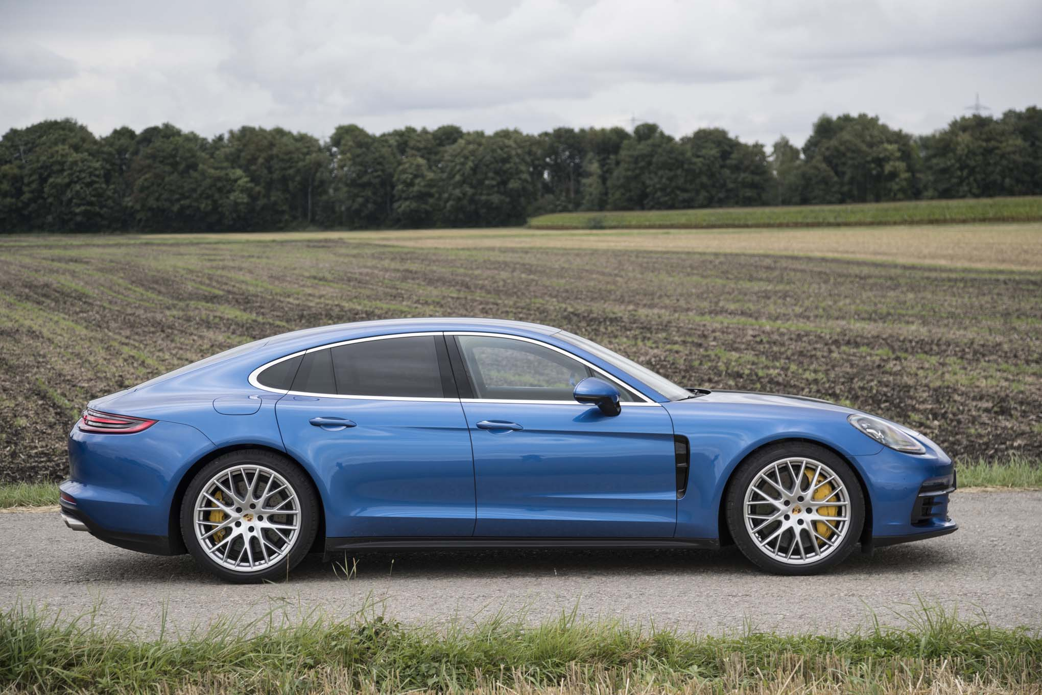 2017 porsche panamera 4s first drive review automobile magazine