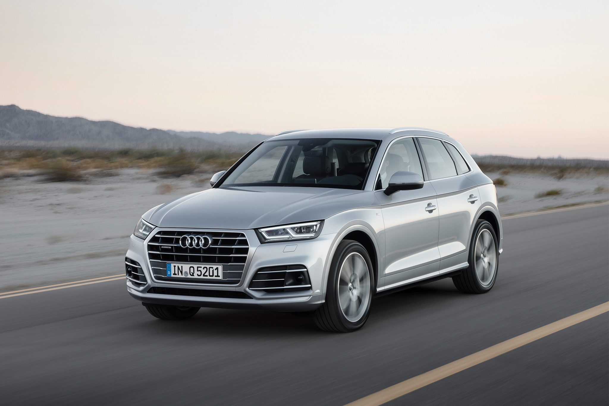 all new 2018 audi q5 coming to u s next year automobile magazine. Black Bedroom Furniture Sets. Home Design Ideas