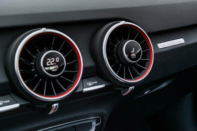2018 Audi TT RS Coupe climate vents