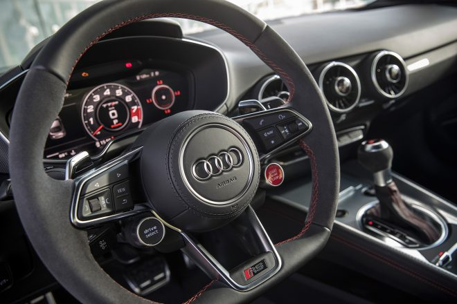 2018 Audi TT RS steering wheel