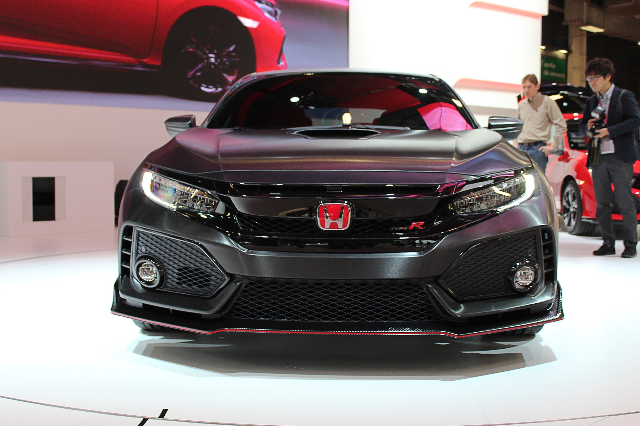 honda previews production u s spec civic type r with sharp new prototype automobile magazine. Black Bedroom Furniture Sets. Home Design Ideas
