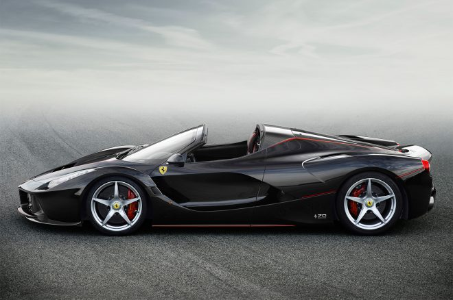 Ferrari LaFerrari Aperta side profile