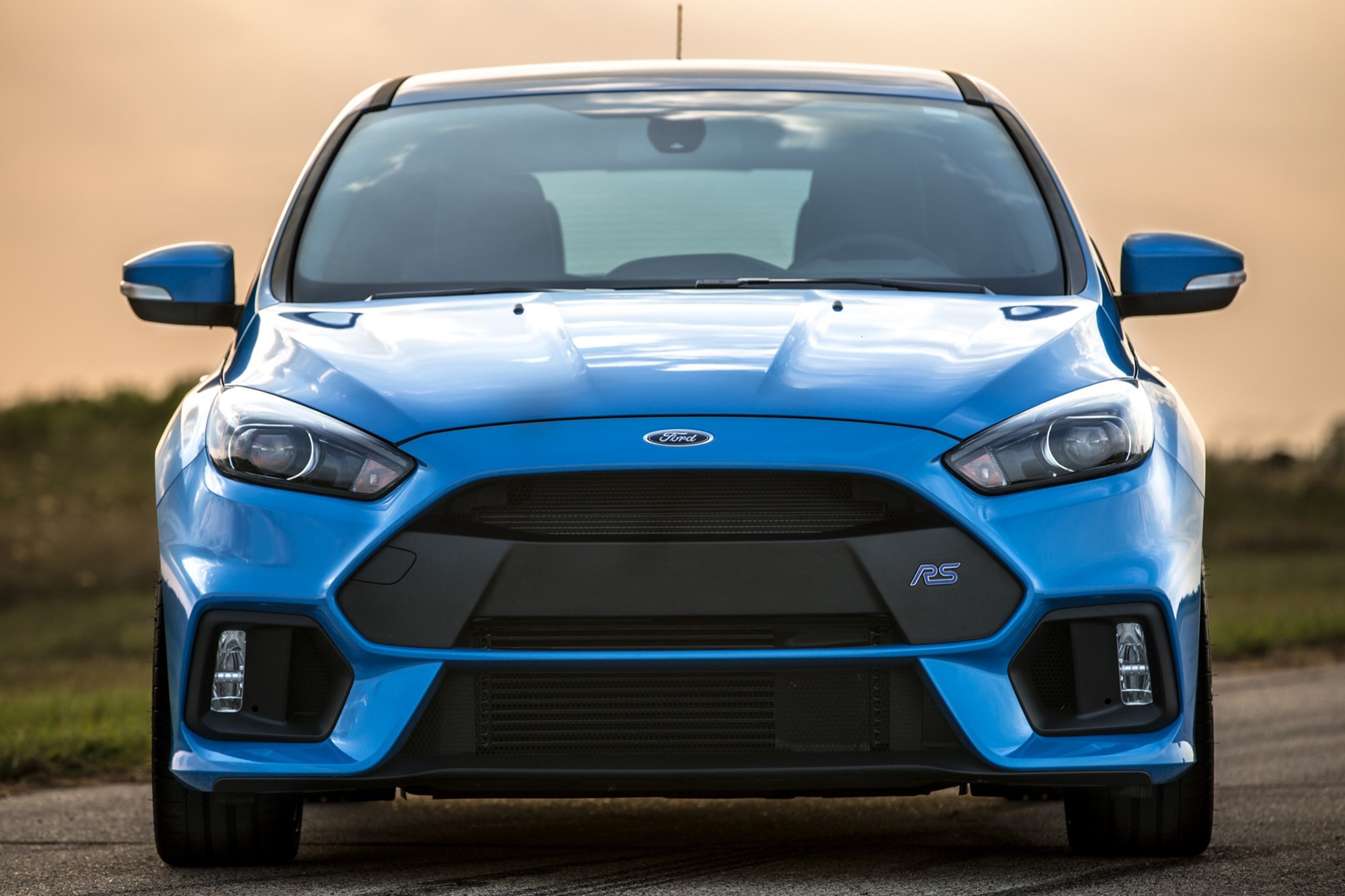 hennessey performance gives the ford focus rs 405 hp automobile magazine. Black Bedroom Furniture Sets. Home Design Ideas