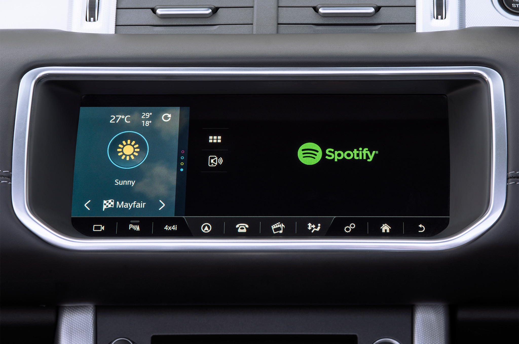 Land Rover Range Rover Evoque with Spotify App center stack 04