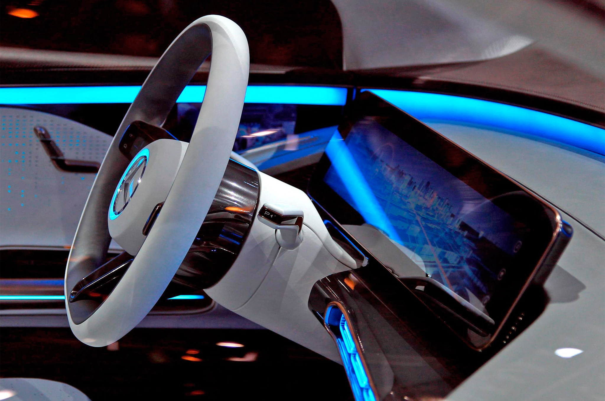 http://st.automobilemag.com/uploads/sites/11/2016/09/Mercedes-Benz-Generation-EQ-concept-steering-wheel-1.jpg