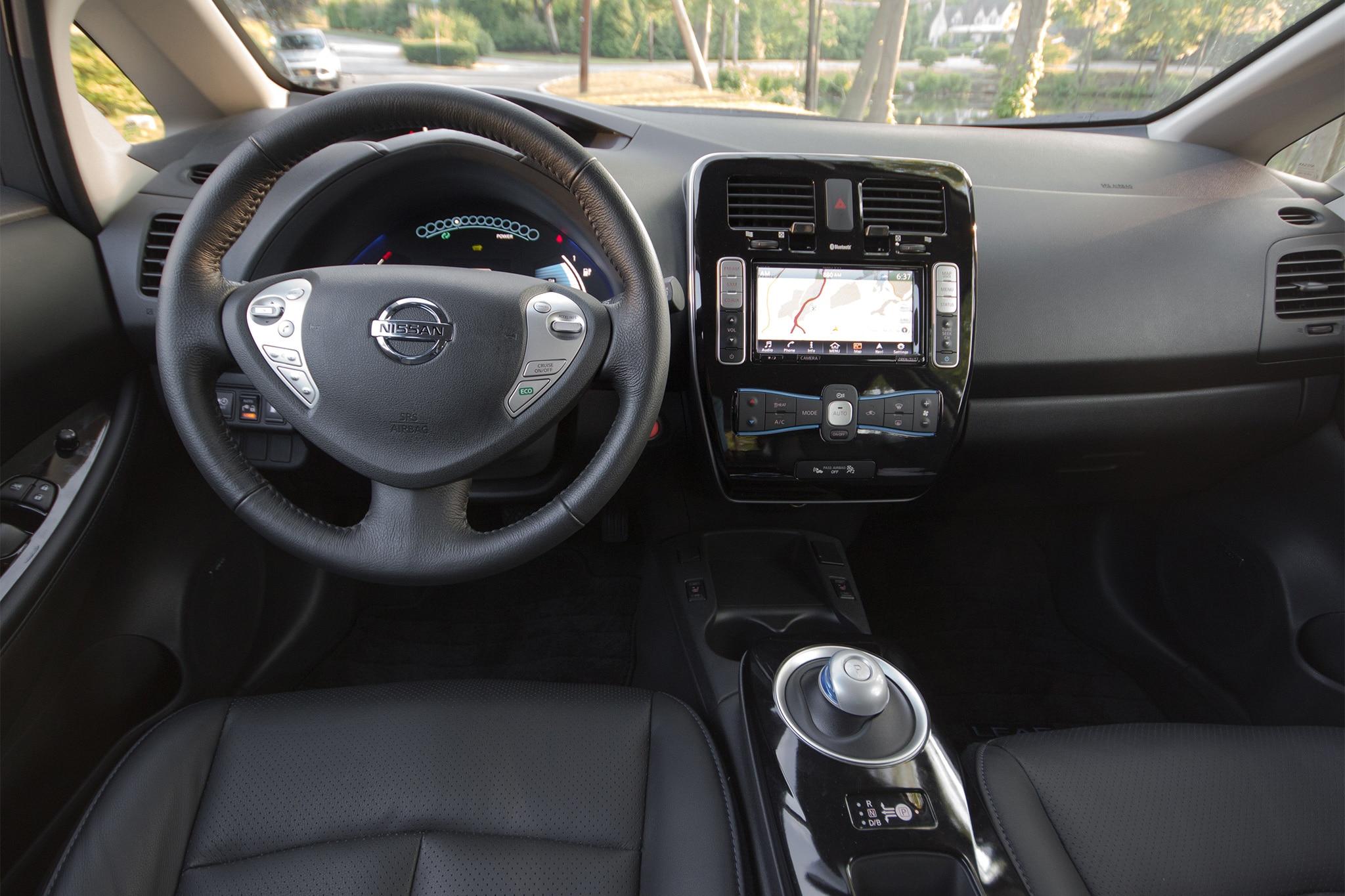 2016 nissan leaf sl one week review automobile magazine recharging vanachro Choice Image