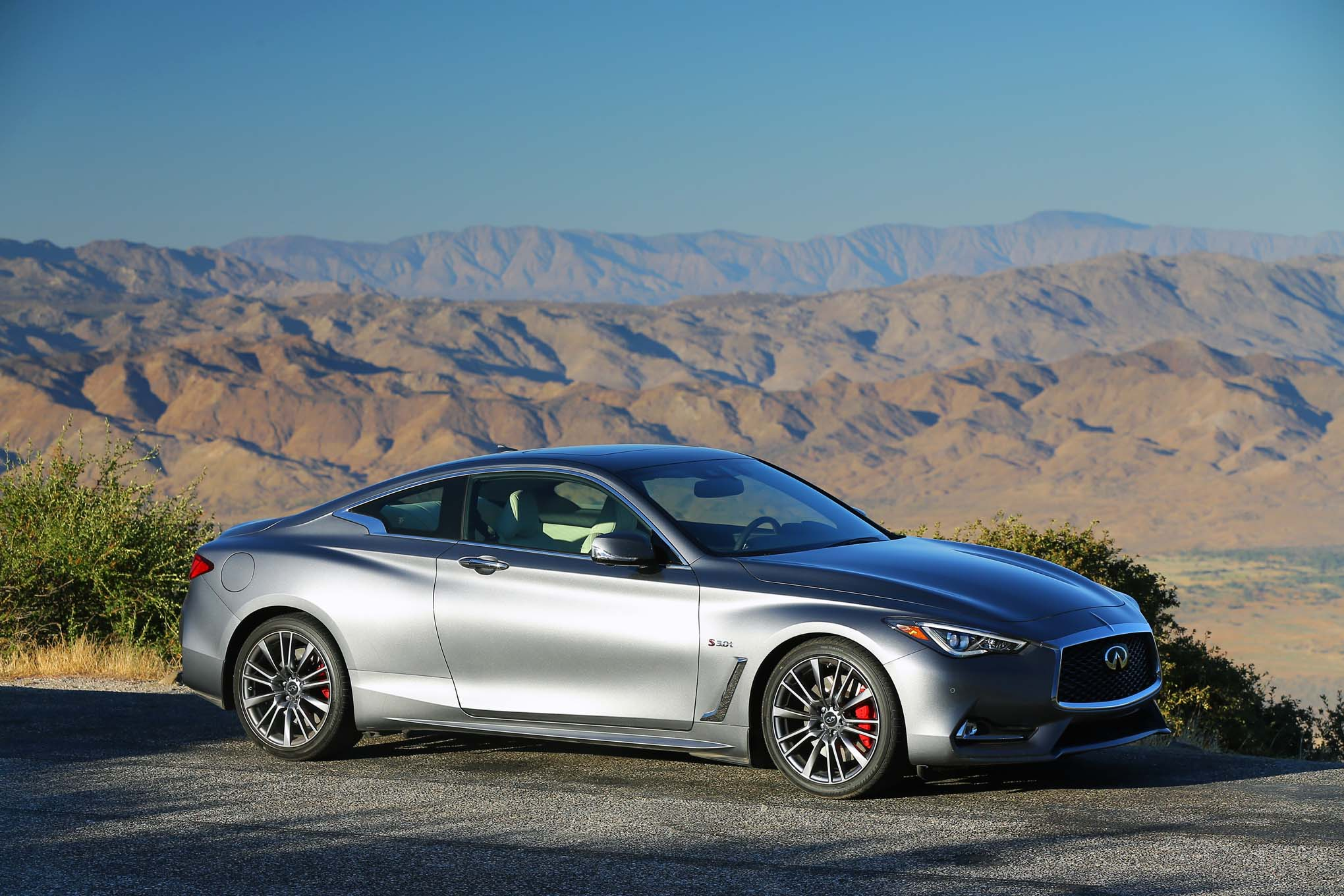 2017 infiniti q60 red sport 400 first drive review automobile magazine. Black Bedroom Furniture Sets. Home Design Ideas