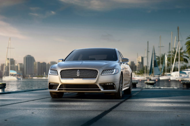 2017 Lincoln Continental Front View 660x440