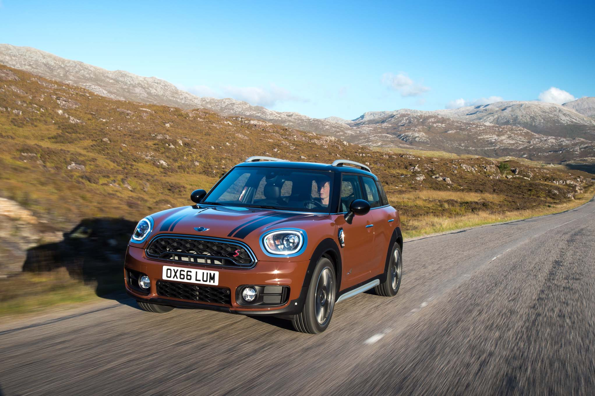 2017 mini countryman first drive review automobile magazine. Black Bedroom Furniture Sets. Home Design Ideas