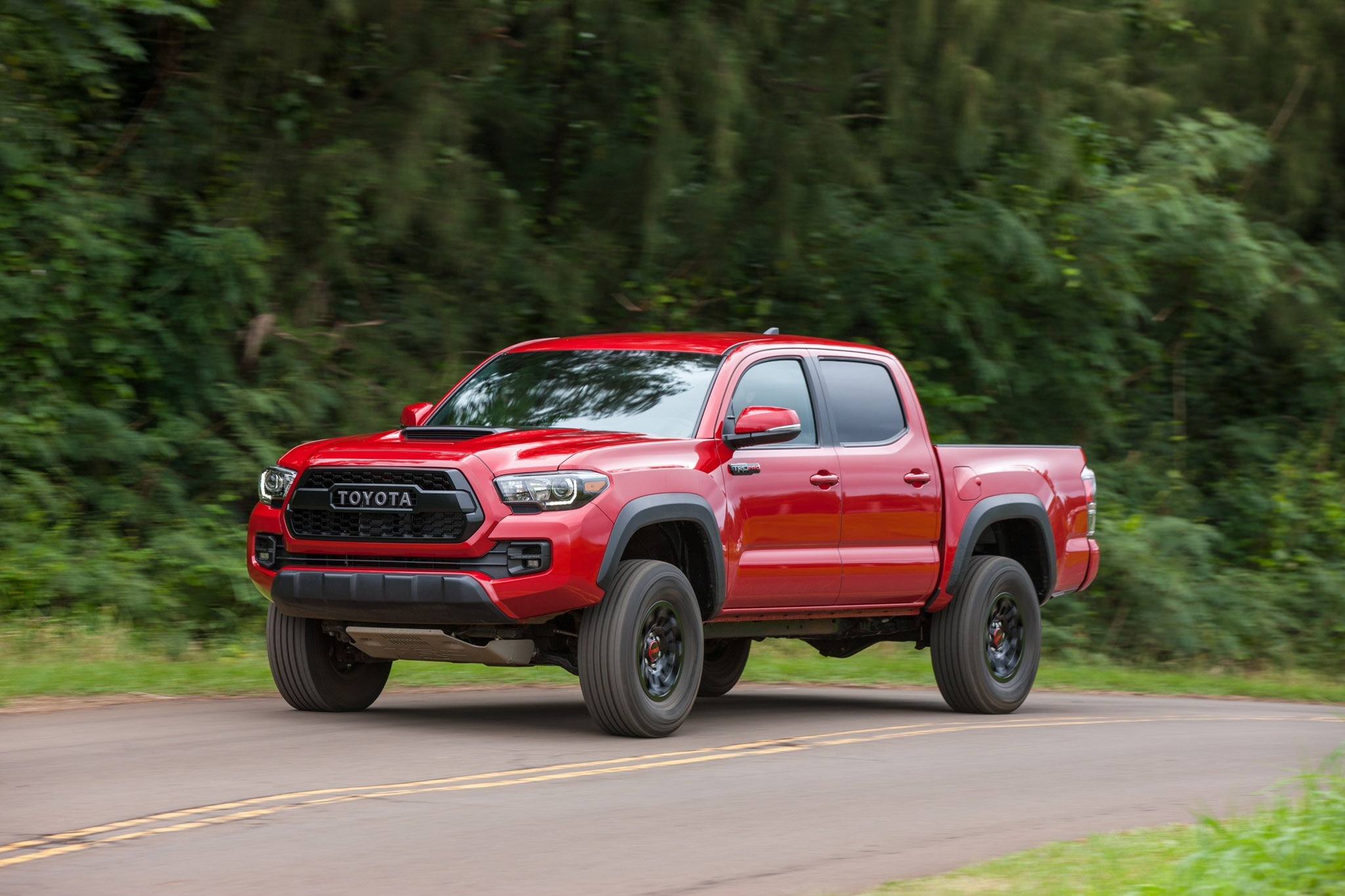2017 toyota tacoma trd pro first drive review automobile magazine