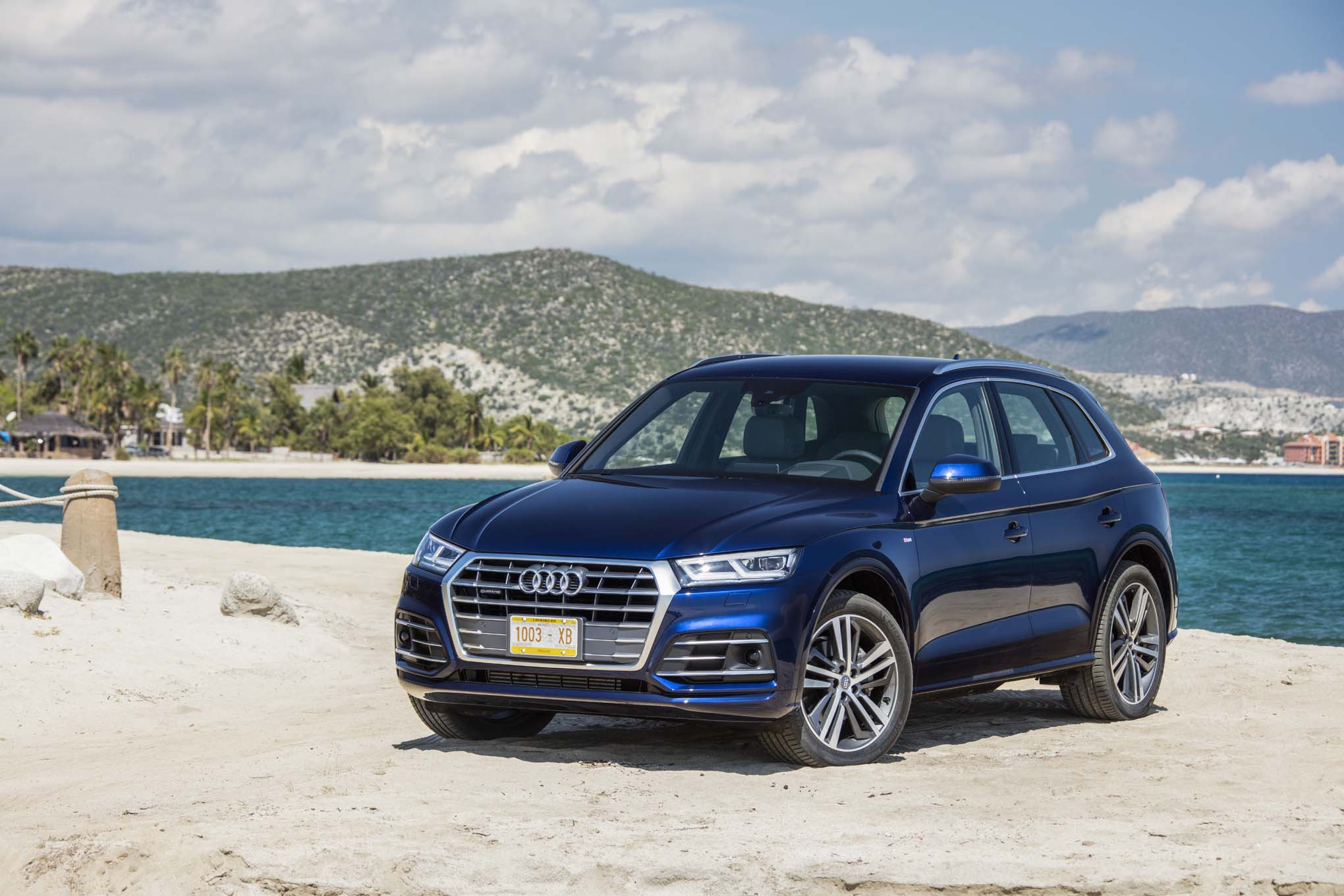 2018 audi q5 first drive review automobile magazine. Black Bedroom Furniture Sets. Home Design Ideas