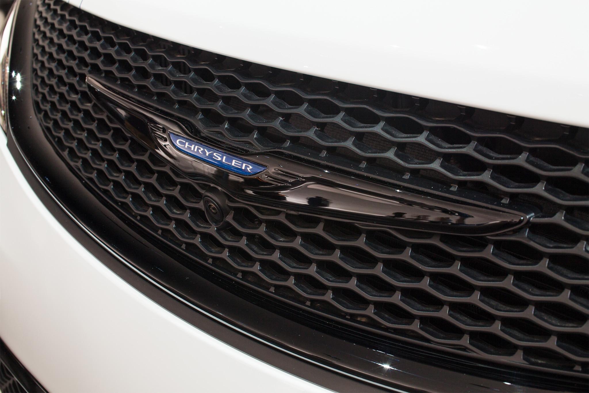 Simple SEMA 2016 Six Mopar Mods For A Macho World  Automobile