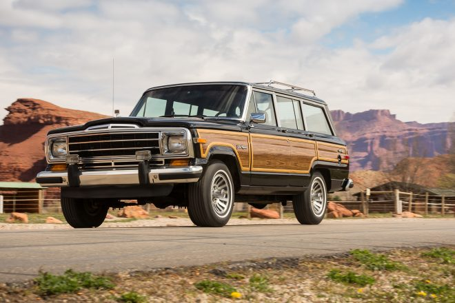 Jeep Grand Wagoneer Front Three Quarter In Motion 660x440