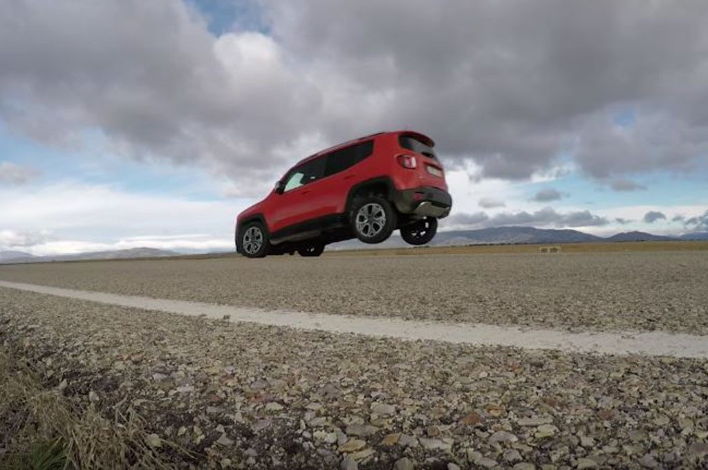 Jeep Renegade Stoppie ScreenShot