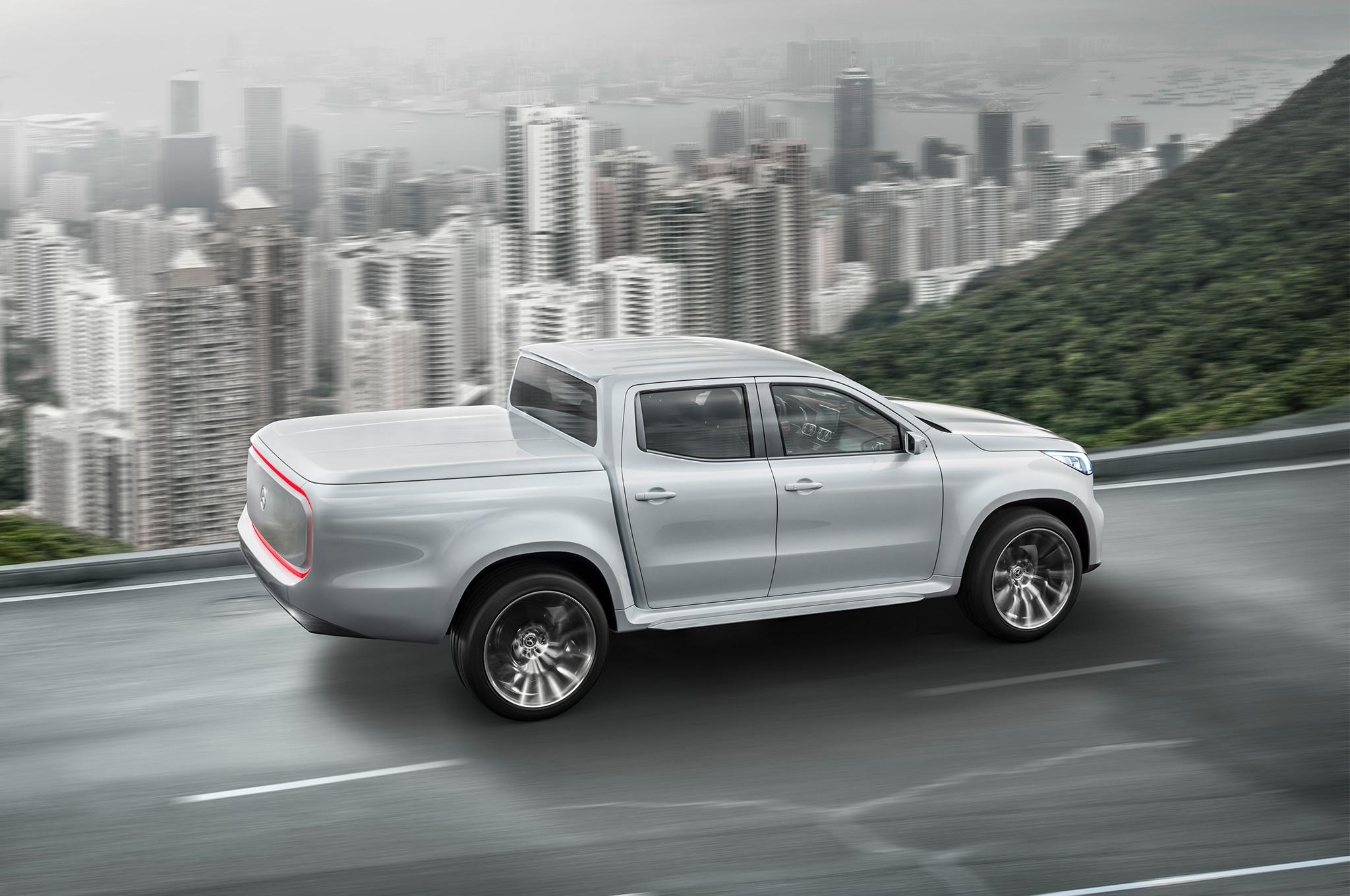 Mercedes benz x class concept makes its mark automobile for Mercedes benz magazine