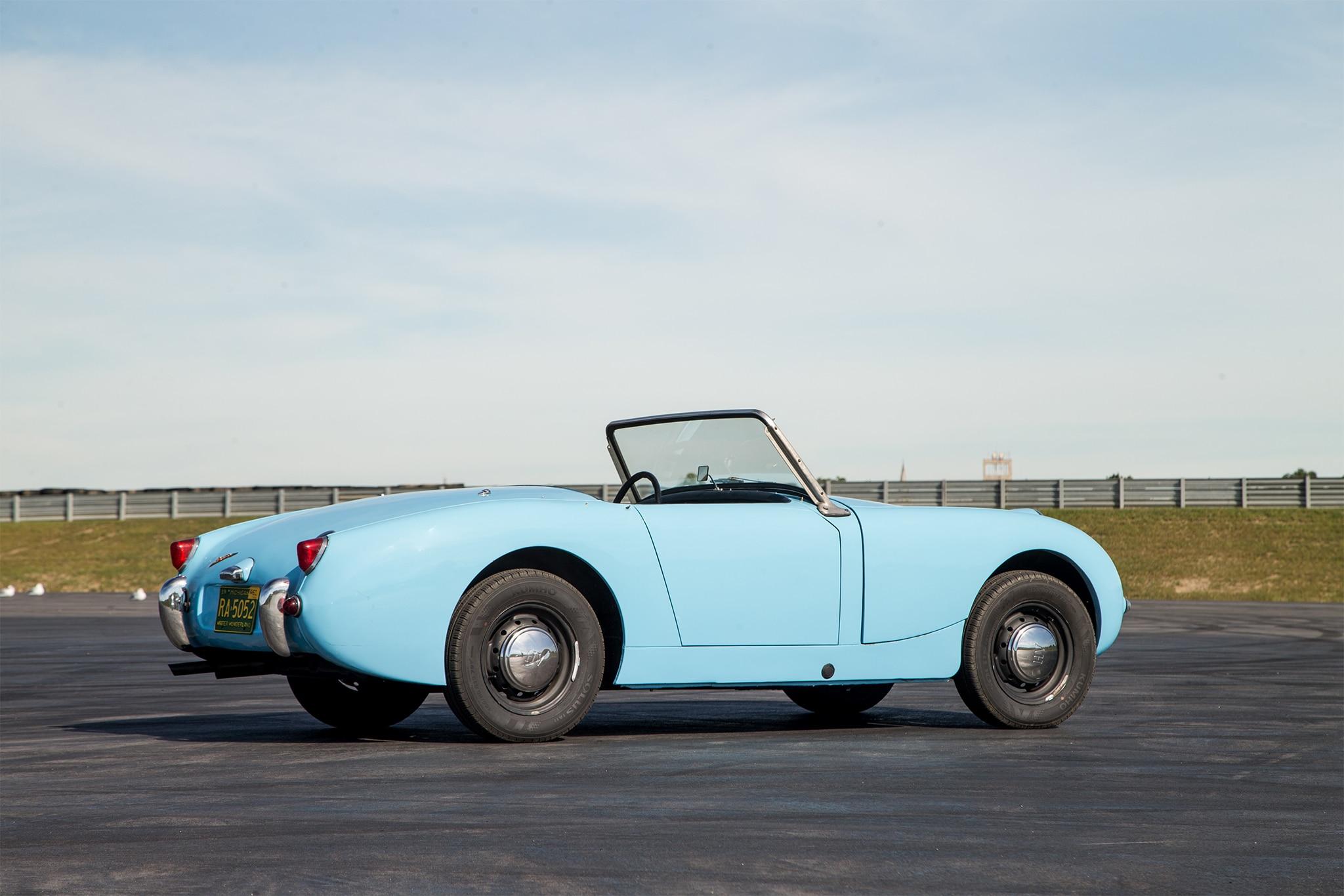 "1960 Bugeye Sprite >> Collectible Classic: 1958-1961 Austin-Healey ""Bugeye"" Sprite | Automobile Magazine"