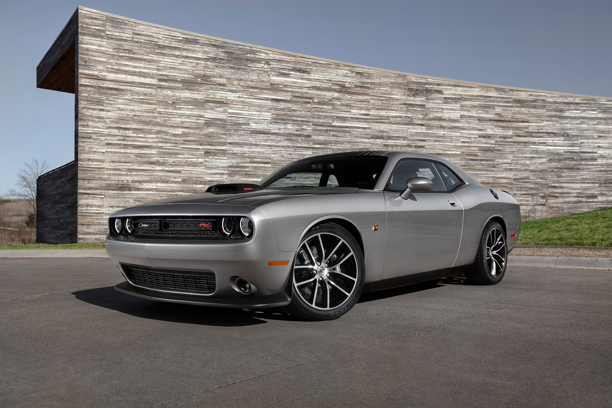 2016 dodge challenger 392 hemi scat pack shaker one week. Black Bedroom Furniture Sets. Home Design Ideas