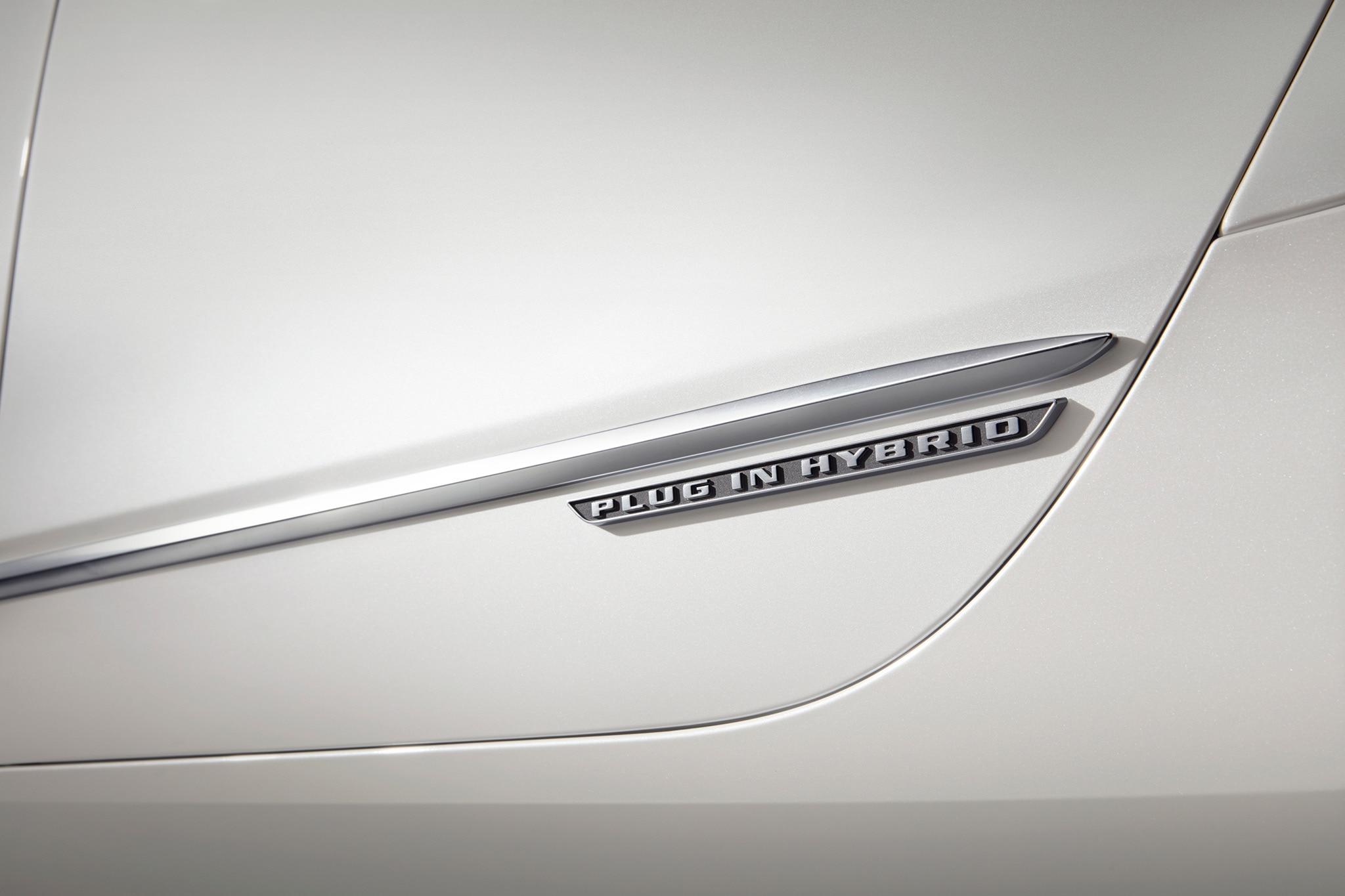 2017 Cadillac CT6 Plug In Hybrid Door Badge