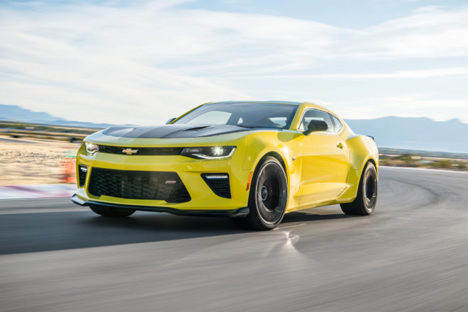 2017 Chevrolet Camaro SS 1LE First Drive Review | Automobile Magazine
