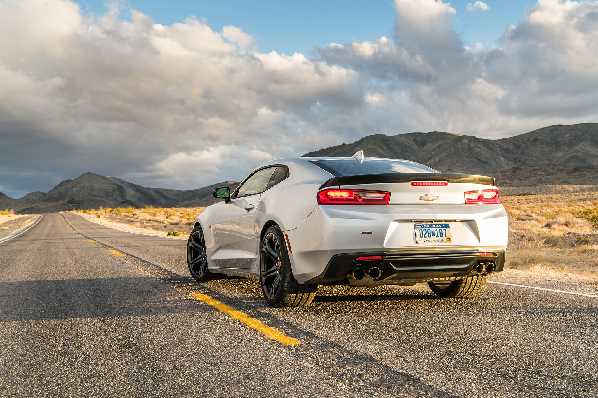 2017 Chevrolet Camaro SS 1LE One Week Review | Automobile Magazine