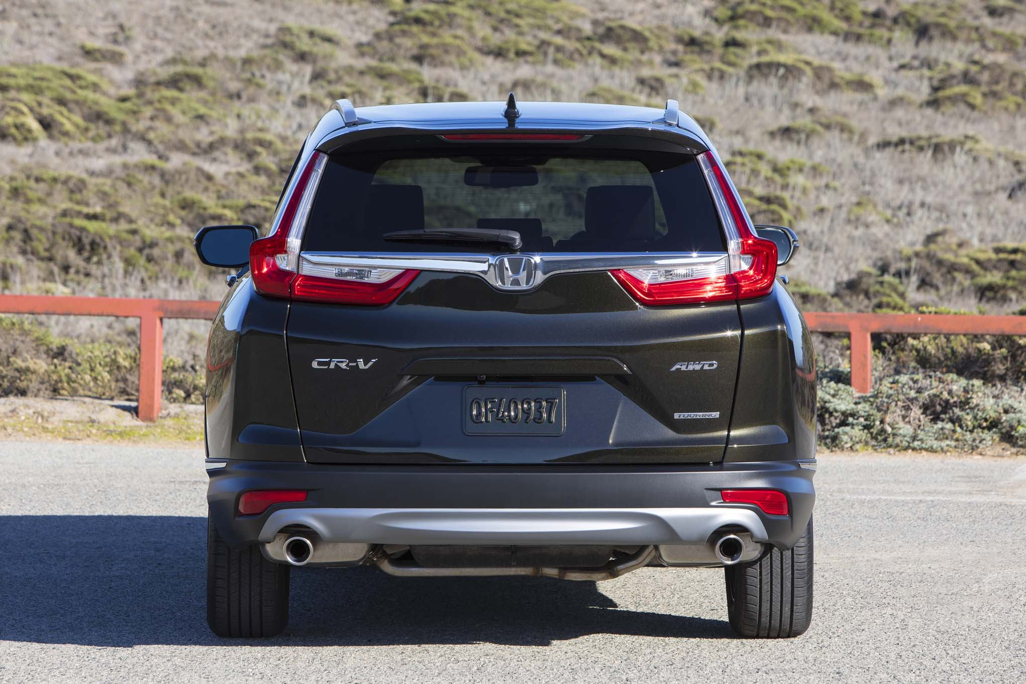 2017 honda cr v touring first drive review automobile magazine. Black Bedroom Furniture Sets. Home Design Ideas