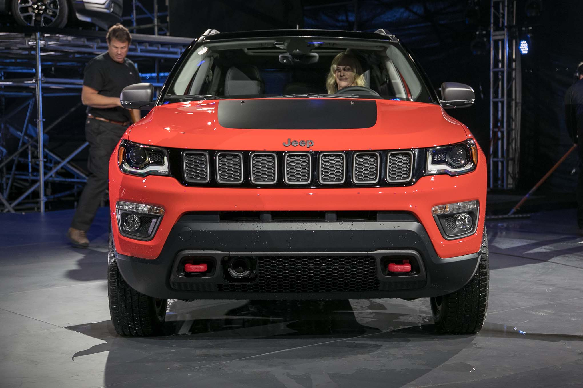 2017 jeep compass first look automobile magazine. Black Bedroom Furniture Sets. Home Design Ideas