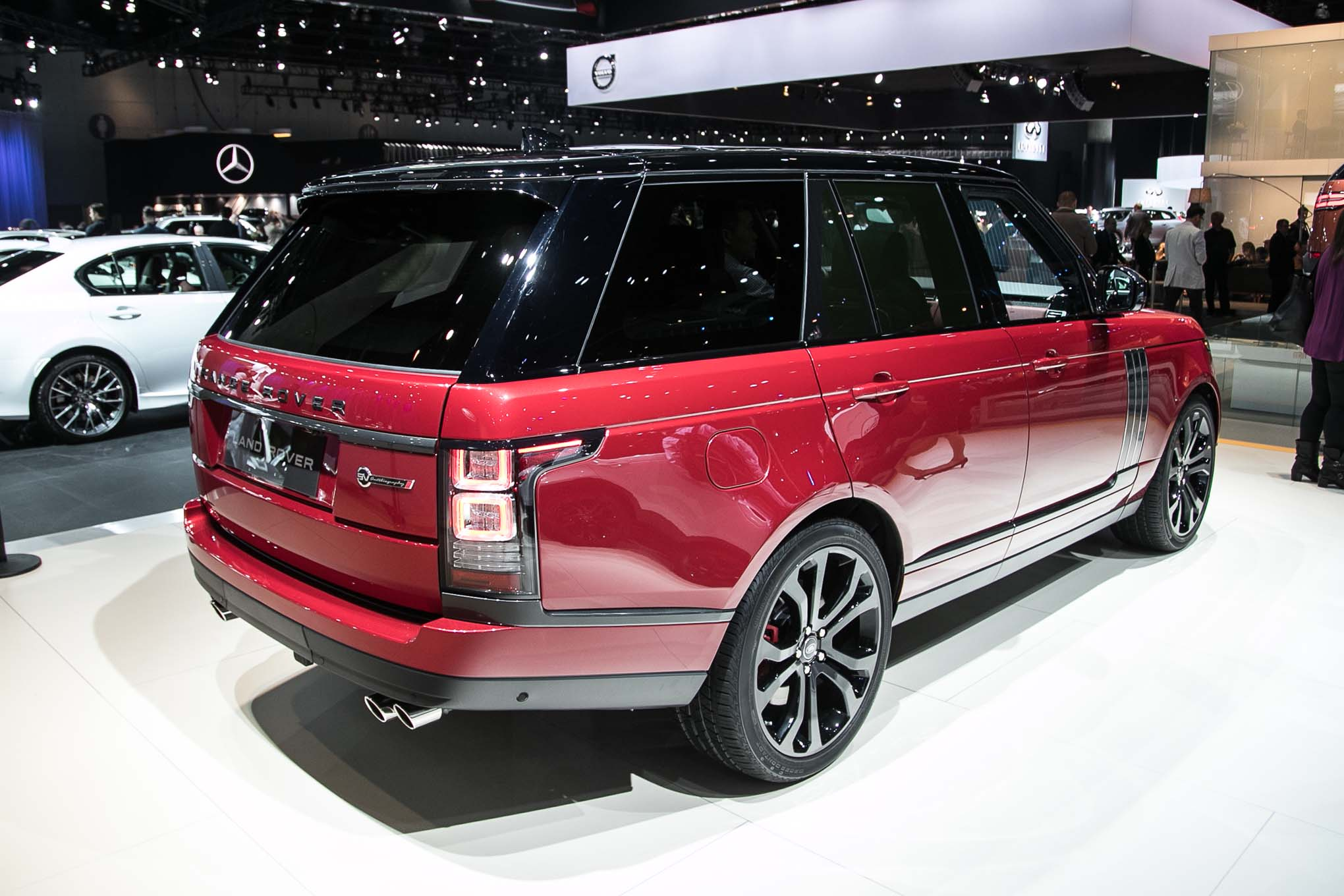 2017 range rover svautobiography dynamic first drive review automobile magazine. Black Bedroom Furniture Sets. Home Design Ideas