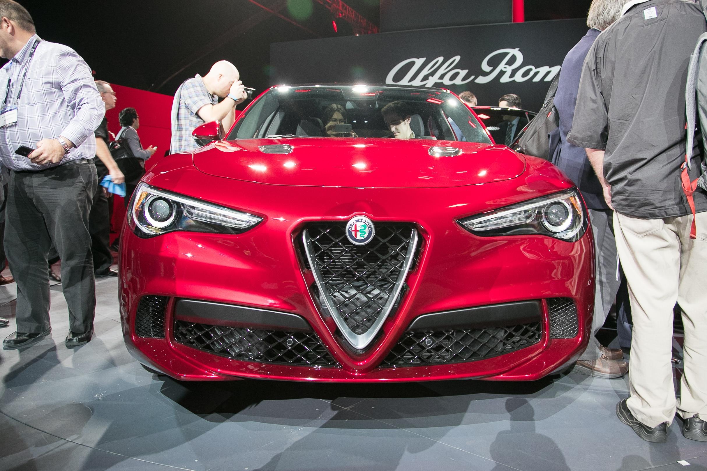 2018 Alfa Romeo Stelvio Front End