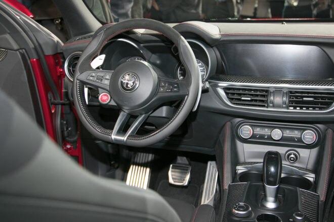 2018 Alfa Romeo Stelvio interior 1