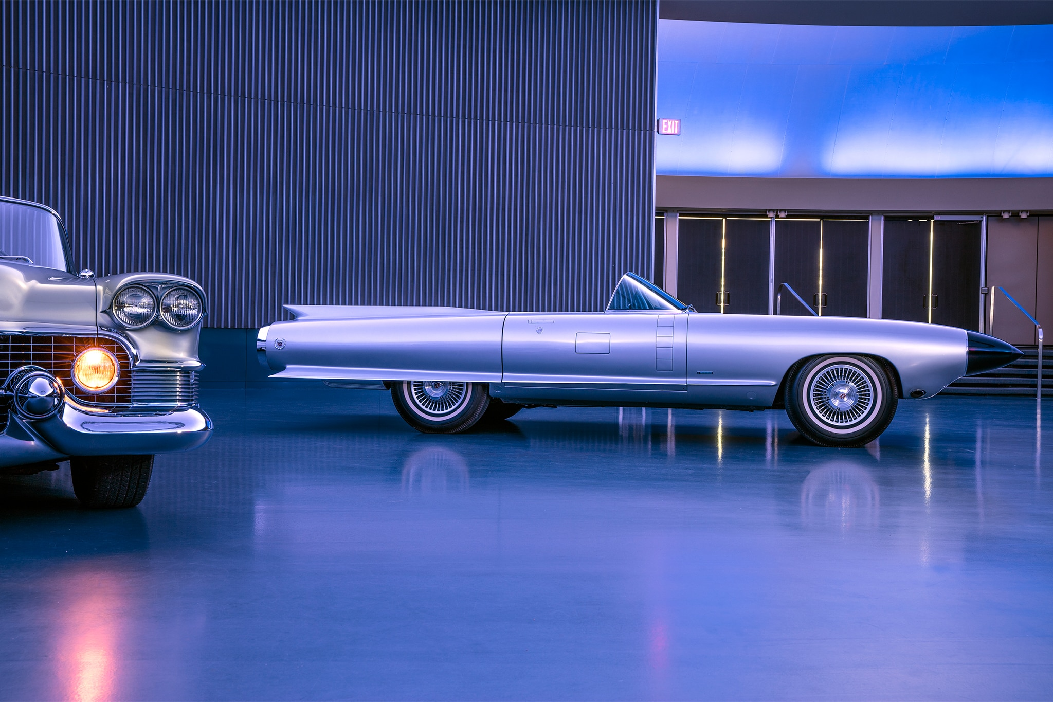 http://st.automobilemag.com/uploads/sites/11/2016/11/Cadillac-Cyclone-side-profile.jpg