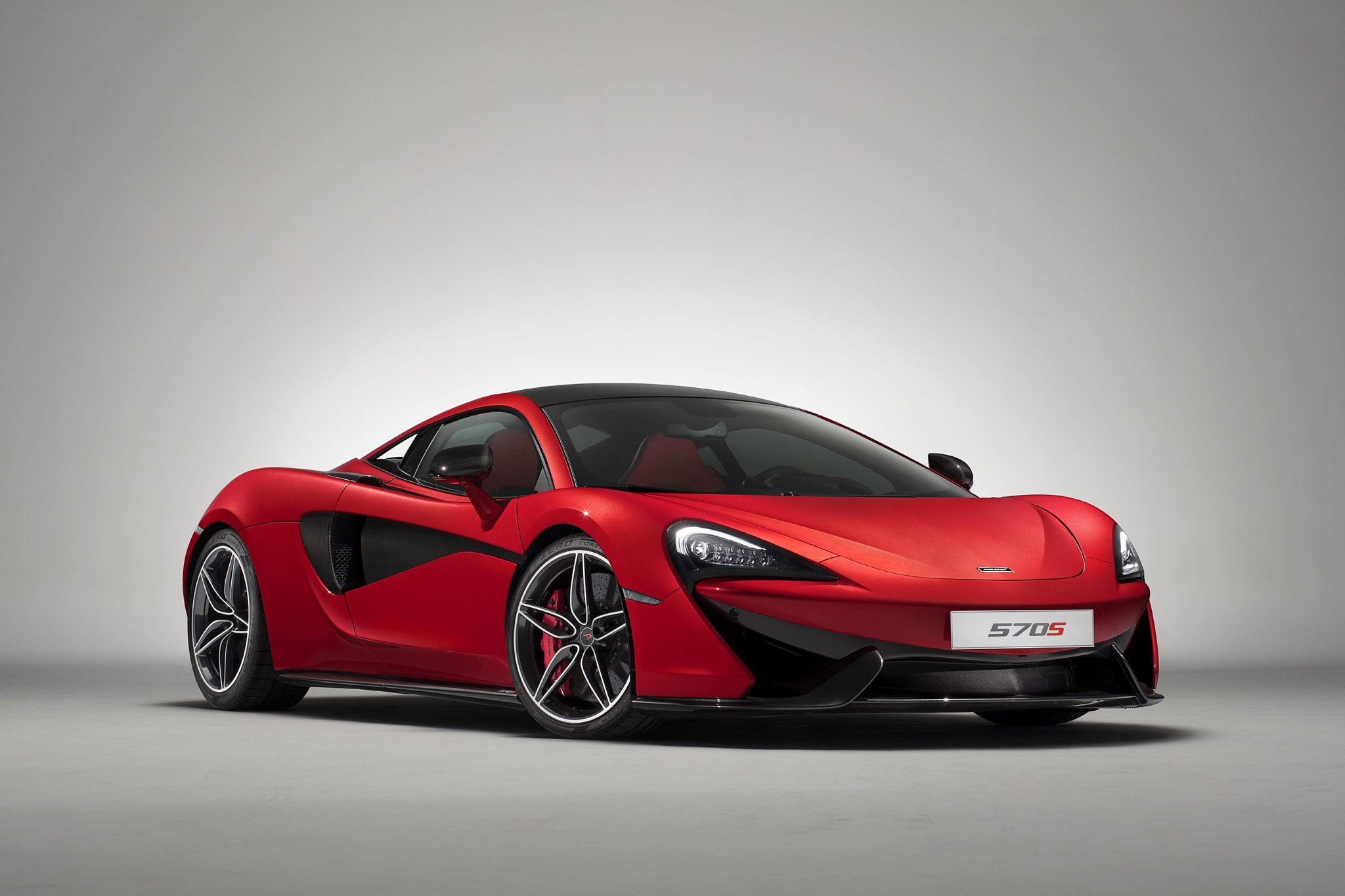 McLaren 570S Special Design Editions Vermillion Red