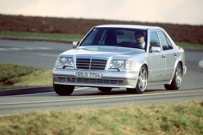 Mercedes Benz W124 Front on Track