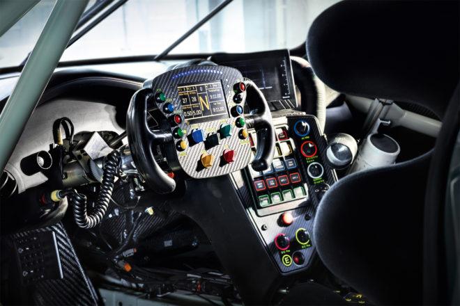 Porsche 911 RSR dashboard