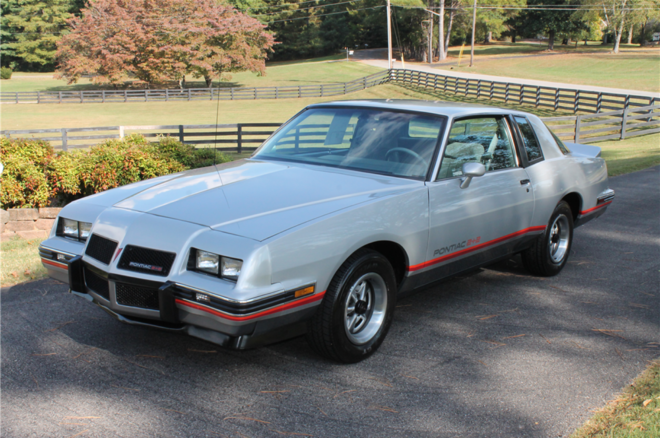 1986 Pontiac Grand Prix 22 Barrett Jackson Front Three Quarters 660x438