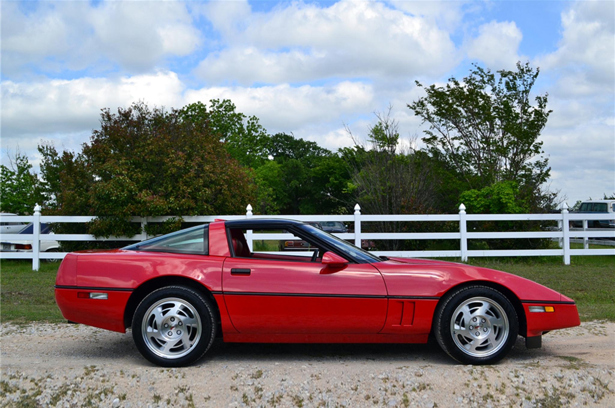 1990 Chevrolet Corvette ZR 1 March Auctions Side