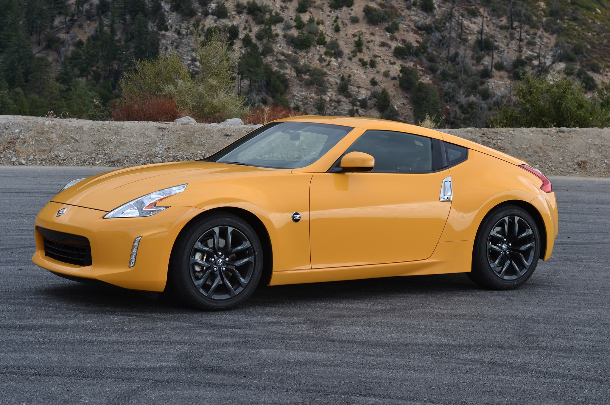 e Week With 2017 Nissan 370Z