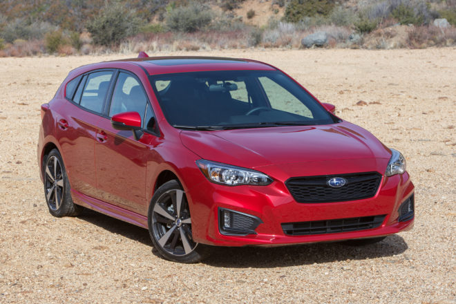 2017 Subaru Impreza 5 Door front three quarter 02