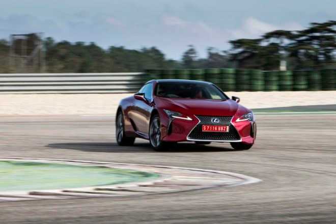 2018 Lexus LC 500h Front Three Quarter In Motion 06 660x440