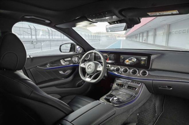 2018 Mercedes AMG E63 S front interior 02