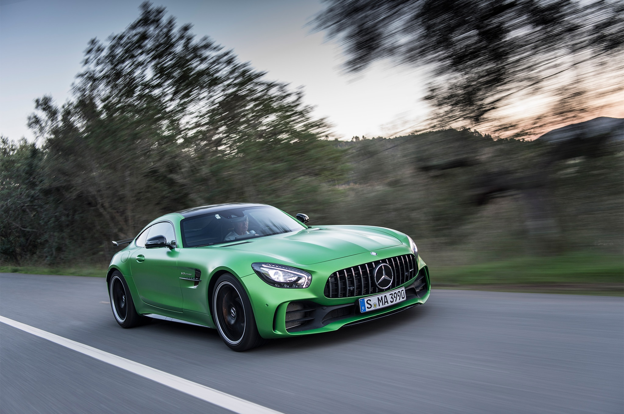 mercedes amg gt coupe autos post. Black Bedroom Furniture Sets. Home Design Ideas