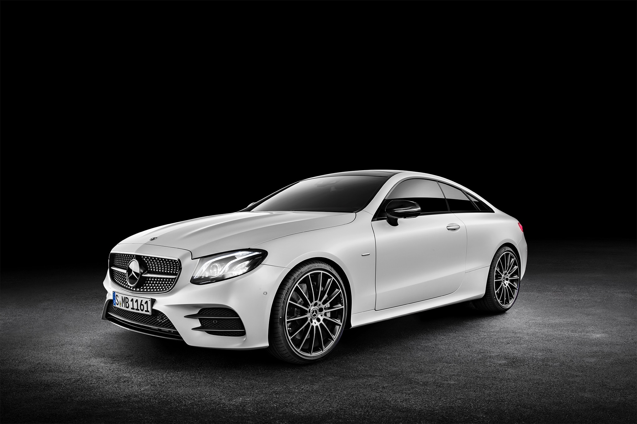 2018 mercedes benz e400 coupe first look automobile magazine. Black Bedroom Furniture Sets. Home Design Ideas