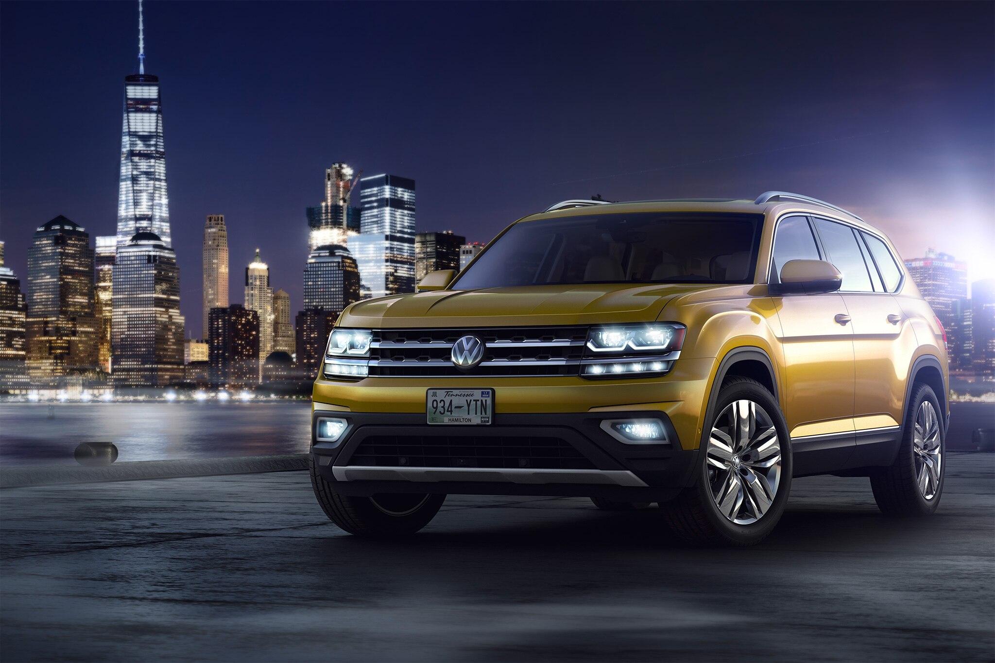 2018 Volkswagen Atlas Gets a Green Light | Automobile Magazine