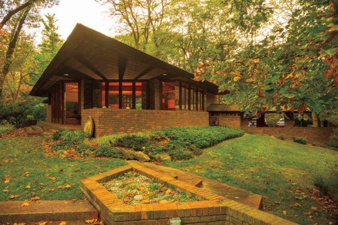 Frank Lloyd Wright Palmer House 01