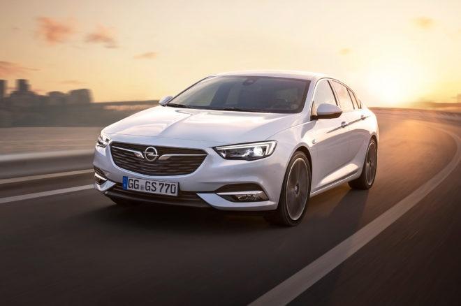 Opel Insignia Grand Sport Front Three Quarter In Motion 03 660x438