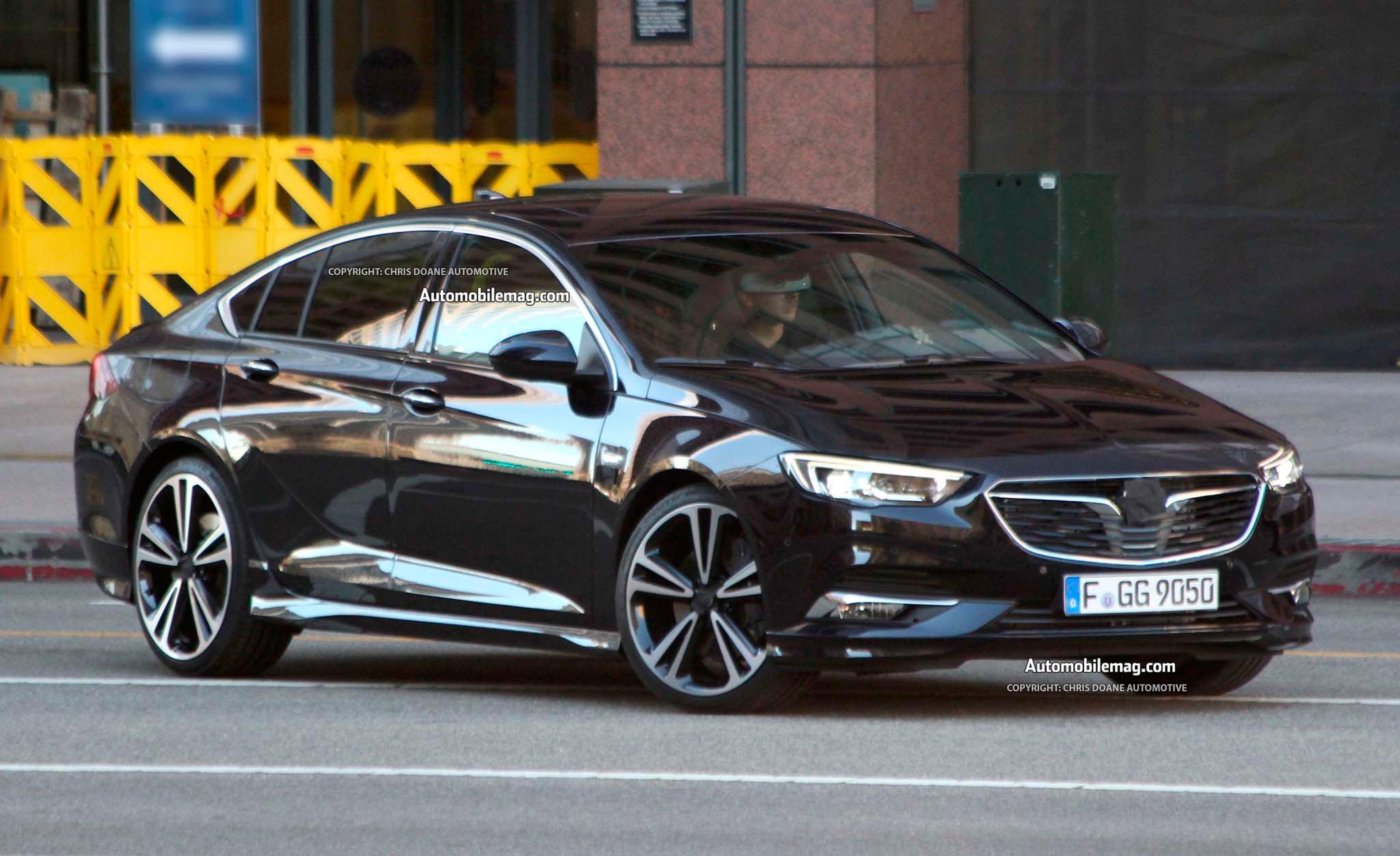 Новый Opel Insignia седан 2018 года прошел свой первый тест-драйв