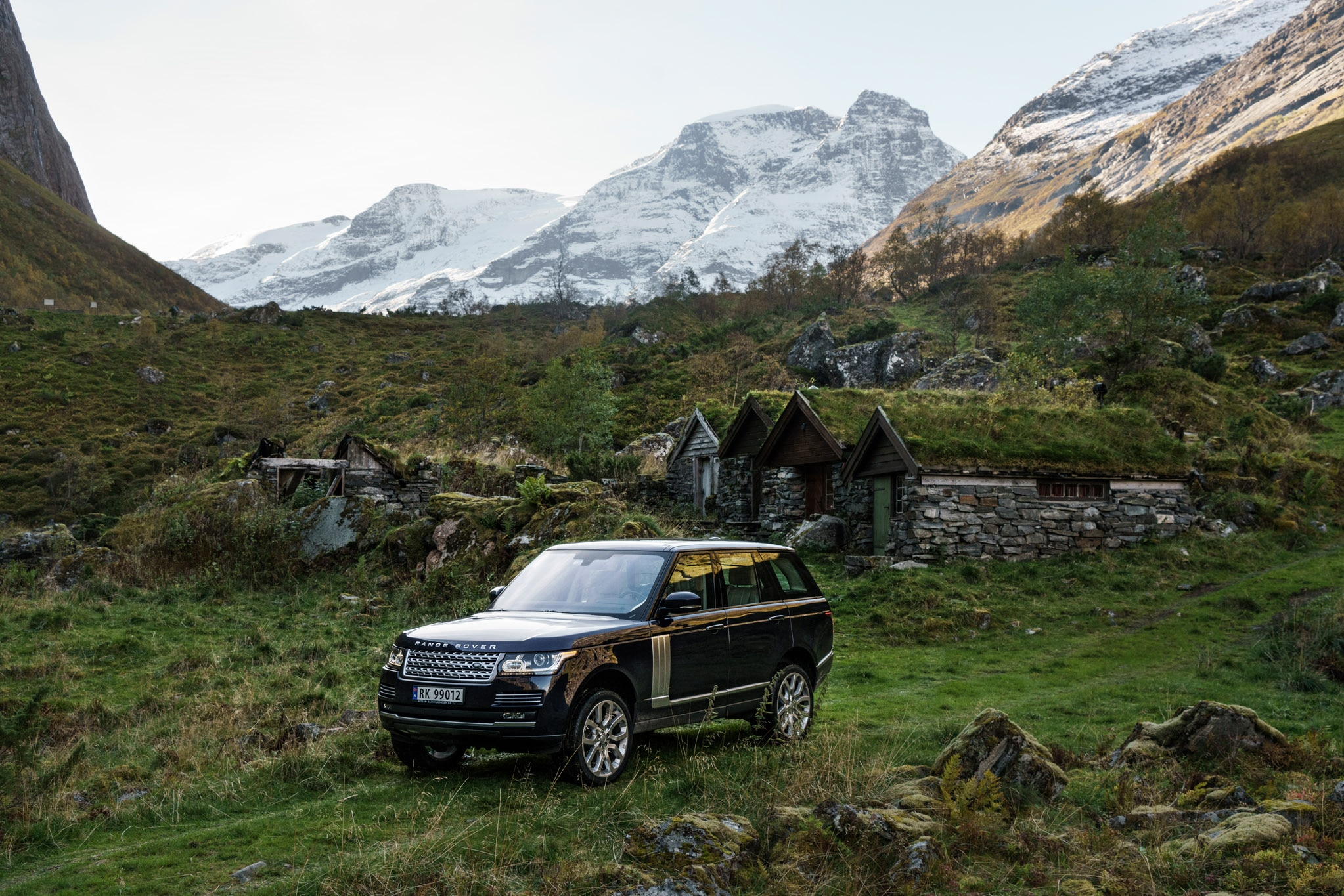 Range Rover Ultimate Vistas By Jonas Bendiksen 40
