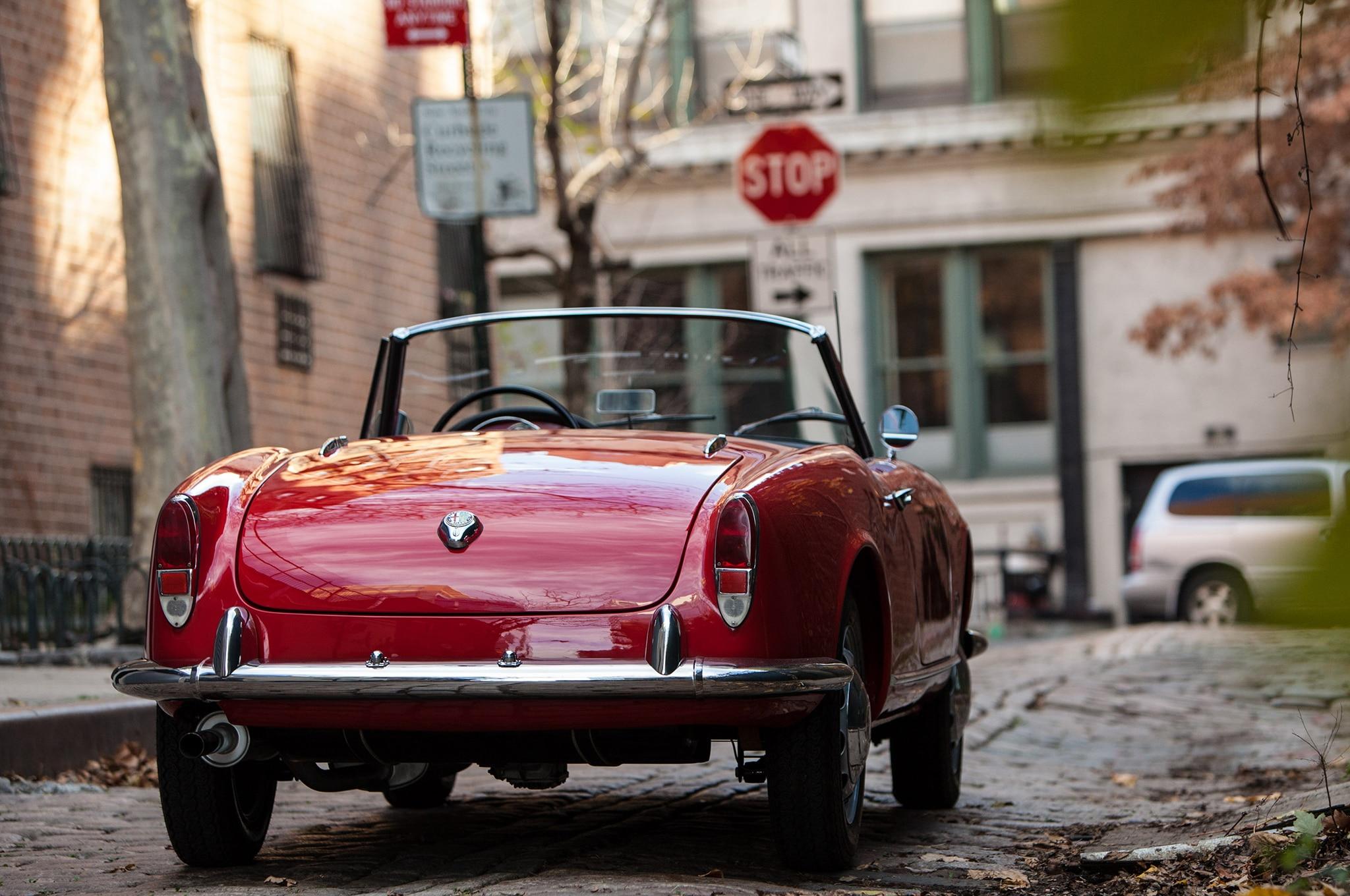 just listed: 1962 alfa romeo giulietta spider veloce | automobile
