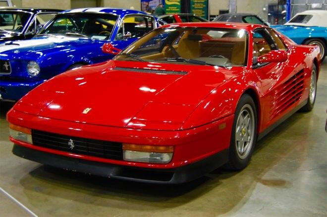 1988 Ferrari Testarossa front three quarter
