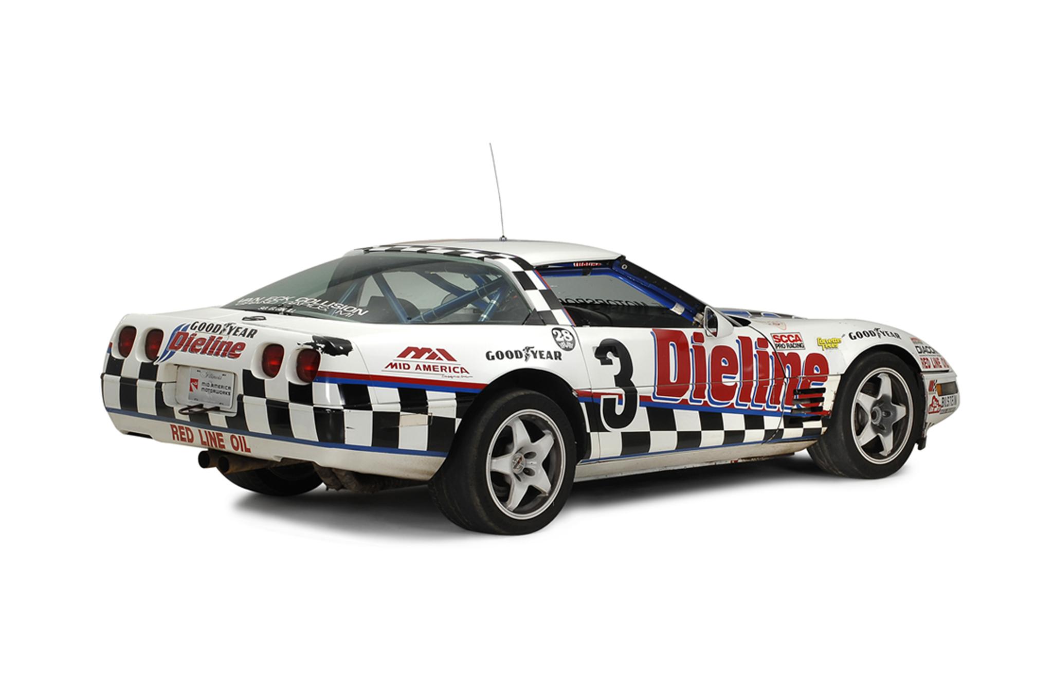 just listed four chevrolet corvette c4 challenge cars automobile magazine. Black Bedroom Furniture Sets. Home Design Ideas
