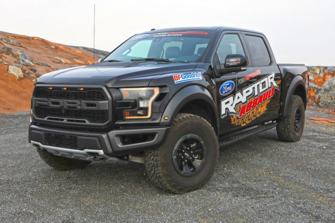 2017 Ford Raptor Assault 3 660x440